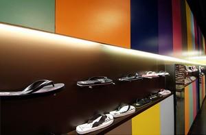 site réputé 01e04 fae50 Magasin de chaussures HYLTON à Plan de Campagne par PADOVANI ...
