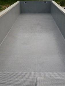 Piscine en mosa que de p te de verre grise 2x2cm plomeur for Joint carrelage piscine epoxy