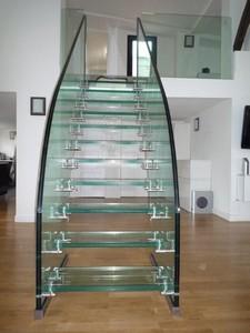 Escalier droit en verre (Paris, 9ème) (part1/2) par CasaLux Home ...