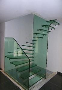 escalier quart tournant en verre