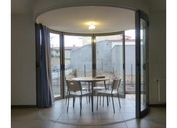 tambour au balcon d 39 architectures. Black Bedroom Furniture Sets. Home Design Ideas
