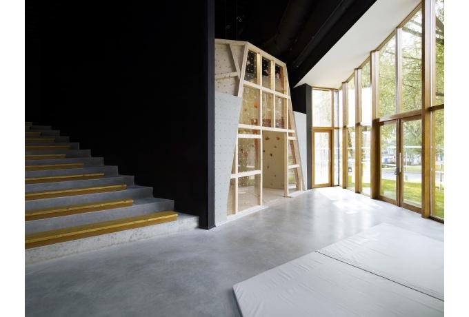 salle d escalade de mons en baroeul d architectures