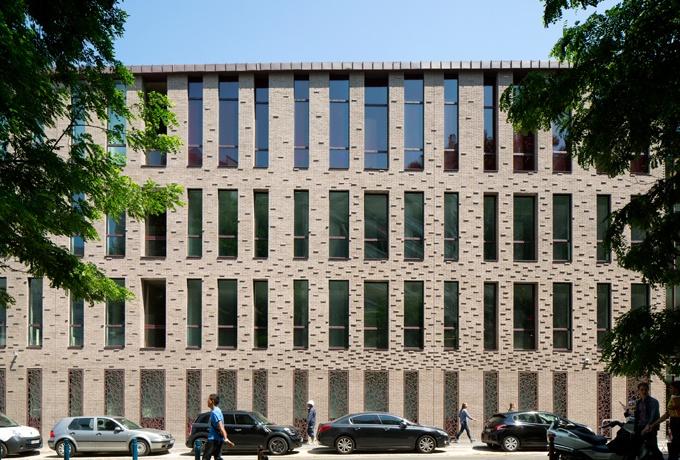 Hermès Pantin93D'architectures Des À Cité Métiers Omn0vN8w