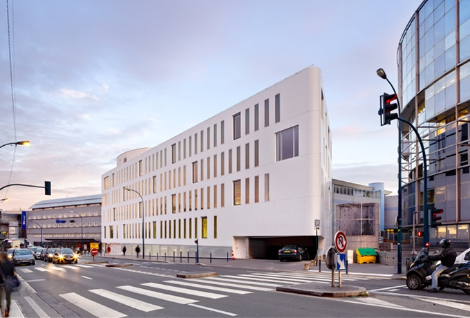 Durable parce que simple immeuble de bureaux zac de - Office des oeuvres universitaires pour le centre ...