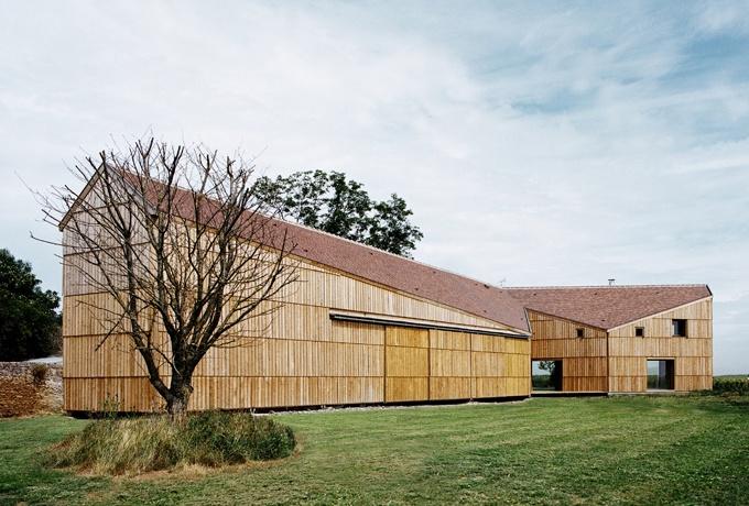 Une maison grange pour des agriculteurs du calvados d 39 architectures - Cout renovation grange ...