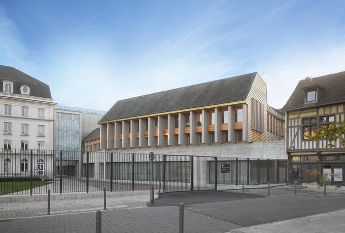 H tel du d partement de l aube troyes d 39 architectures for Architecte aube