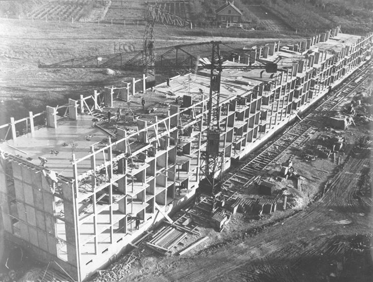 La ville de jean louis borloo d 39 architectures for Piscine marly le roi
